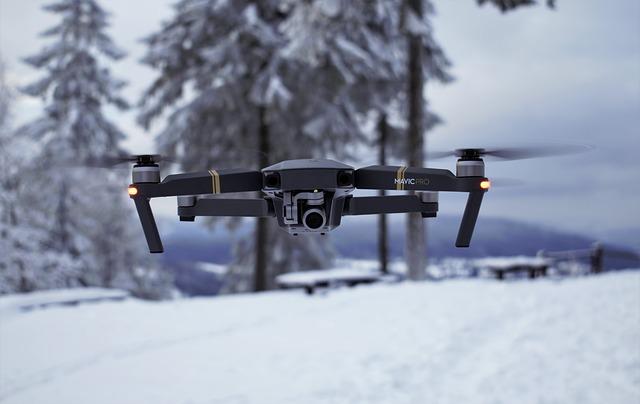 dron zimą