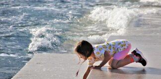 Jak nauczyć dziecko bezpieczeństwa na plaży?